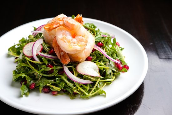 Burien, WA: Fresh Prawn Salad