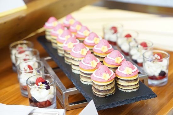 The Lobby Bar & Lounge: International Women's Day Afternoon tea