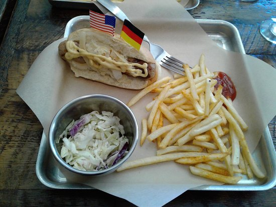 brat fries and slaw picture of ein brathaus palm springs tripadvisor. Black Bedroom Furniture Sets. Home Design Ideas