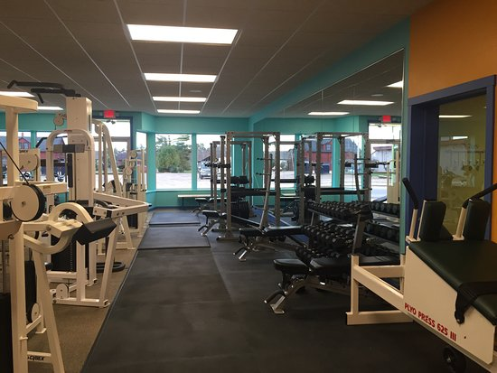 Land O' Lakes, WI: Bright & modern Fitness Room.