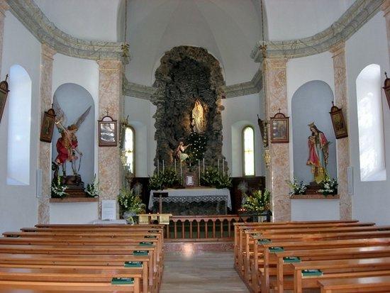 Cappella Della Beata Vergine Di Lourdes