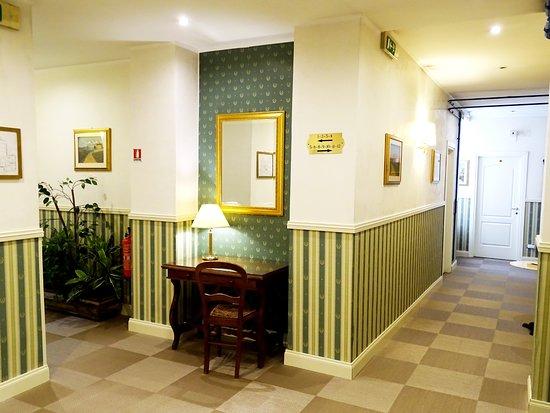 Porta pia hotel updated 2018 reviews price comparison - Hotel porta pia via messina 25 ...