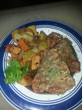 Ponderosa Cafe: GRILLED LAMB CHOPS