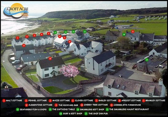 Port Eynon, UK: Aerial picture of Croft Acre Holiday Cottages