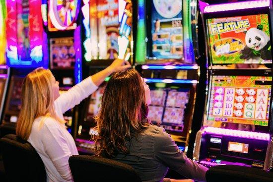 Garcia River Casino Slots - Picture of Garcia River Casino, Point ...