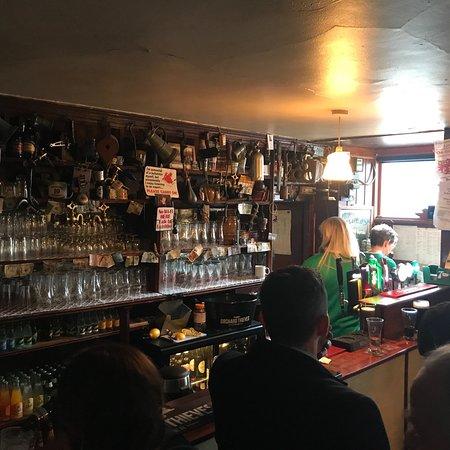 Gartlan's Pub: photo0.jpg