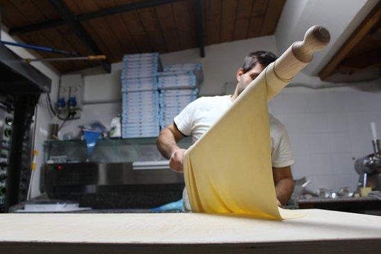Chiusi della Verna, Itália: La pasta stesa a Mano
