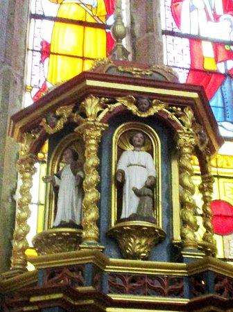 Ploumilliau, Frankreich: Détail du retable maître-autel