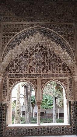 Alhambra : IMG_20180316_105409_large.jpg