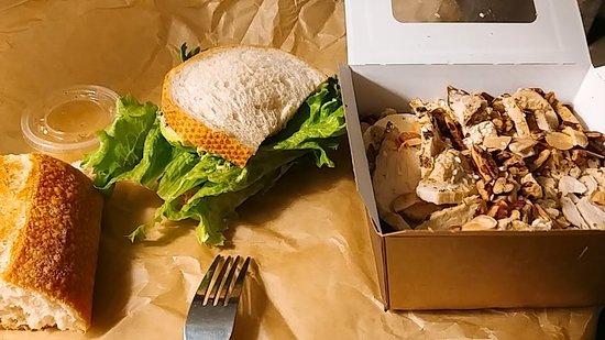 Rockaway, Nueva Jersey: salad and sandwich