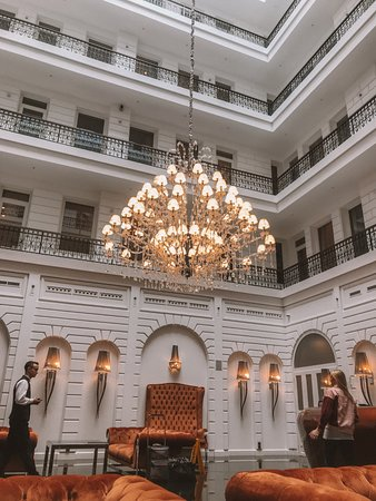 Prestige hotel budapest hotel reception