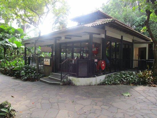 Halia restaurant kleinbettingen off track betting locations illinois 60041