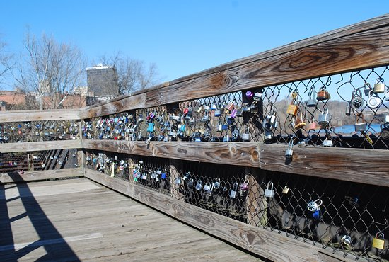 Lynchburg, VA: Lots of Locks of Love on scenic view platform halfway across bridge to island