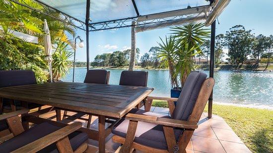 Balcony - Picture of Isle Of Palms Resort, Elanora - Tripadvisor