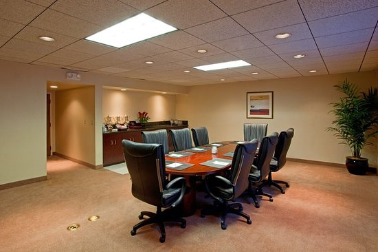 Ла-Мирада, Калифорния: Meeting room