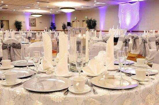 Ла-Мирада, Калифорния: Ballroom