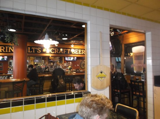 Cpk Dining Area Picture Of California Pizza Kitchen