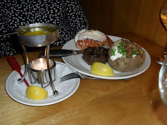 Where to Eat in Saskatoon: The Best Restaurants and Bars