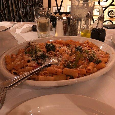 Carmine's Italian Restaurant - Upper West Side Photo