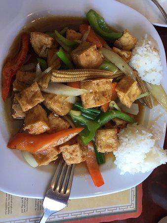 Thai Sana: Tofu and veggies with Ginger