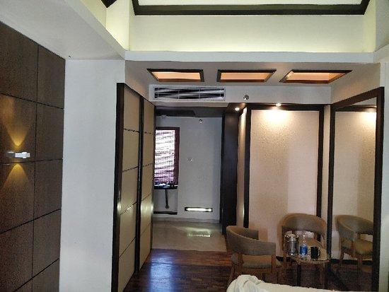 Kumbalam, Indien: IMG_20180321_090626_large.jpg