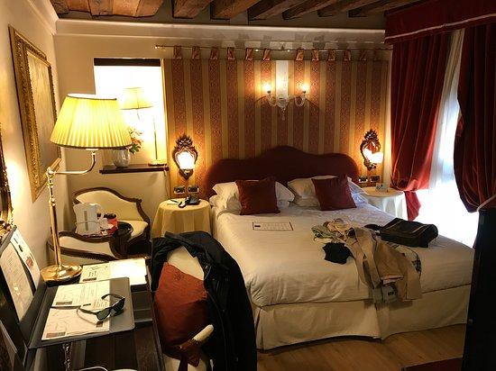 Ruzzini Palace Hotel: Lovely venician rooms