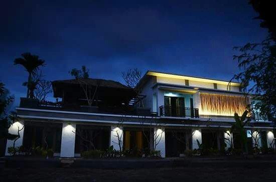 Tepi Sawah Hotel Lingsar Indonesia Review Hotel Perbandingan
