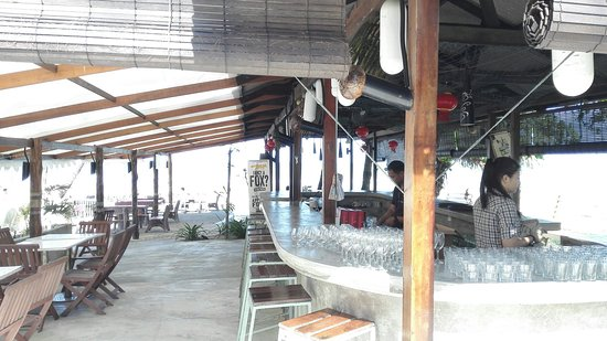 Beserah, Malasia: Uncle's Beach Bar