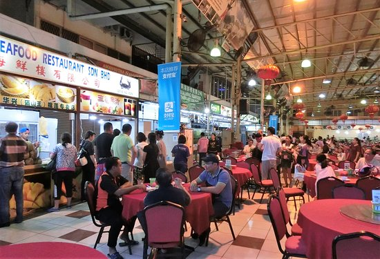 Hua Hing Seafood Restaurant: 大きなホールでの一角です。