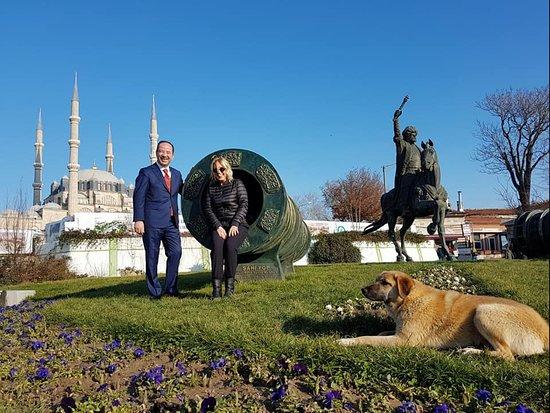 Fatih Sultan Mehmet Heykeli