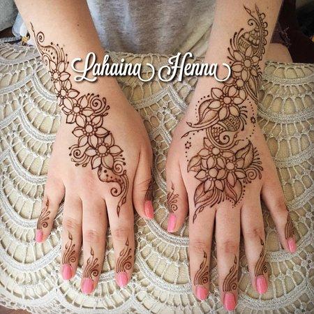 Lahaina Henna Tattoos & Hair Braiding - Picture of Lahaina Henna ...