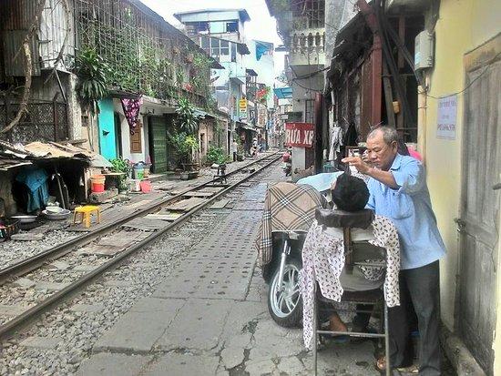 Hanoi Vespa Adventures