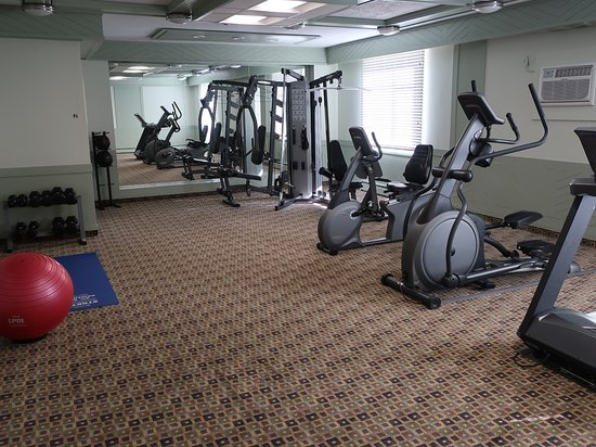 Best Western Dorchester Hotel: A nice workout center.