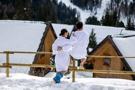 MarktlAlm - Almhuttendorf Turracher Hohe: Gemütlicher Hüttenurlaub mit Sauna und Hotpot im Freien