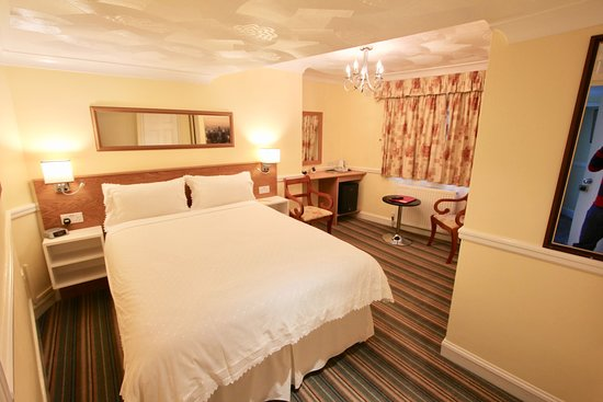 Bay View Hotel Weymouth : nice quiet double room no 8
