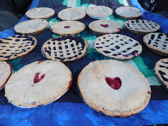 No View Farm: Fresh Pies made in house with local ingredients when available