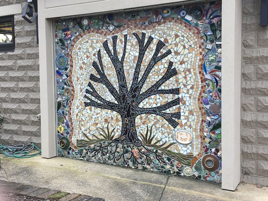 Northport, AL: Mosaic on the outside of Kentuck Art Center