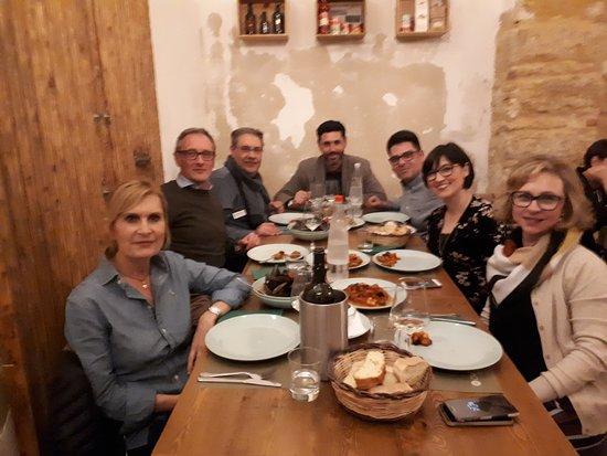 Civicododici: Cena con amici