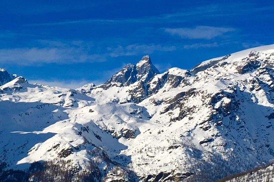 Ufficio Guide Monte Rosa : Il cervino scendendo verso champoluc picture of monterosa ski