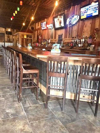 North Lima, OH: Our Bar Area - The Ranch House