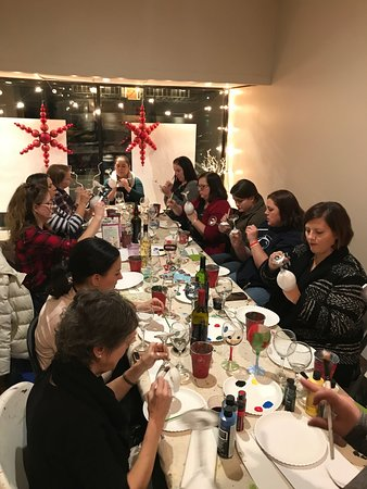 Clarks Summit, Pensilvania: Paint your Own wine glasses class!