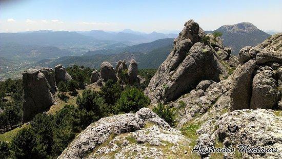 Villaverde de Guadalimar, إسبانيا: Los Picarazos son estas formaciones rocosas de caprichosas formas frutos de la erosión