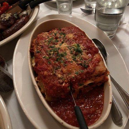 Carmine's Italian Restaurant - Upper West Side : Lasaña