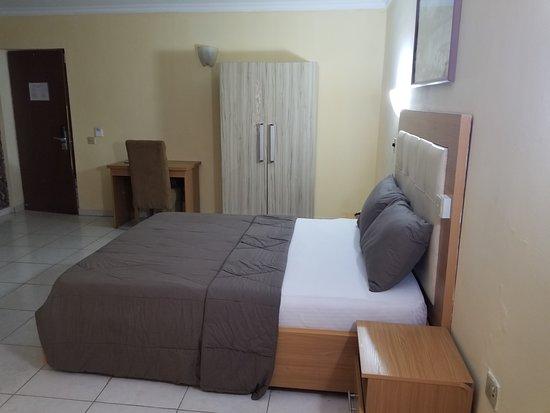 Warri, Nigeria: Standard room