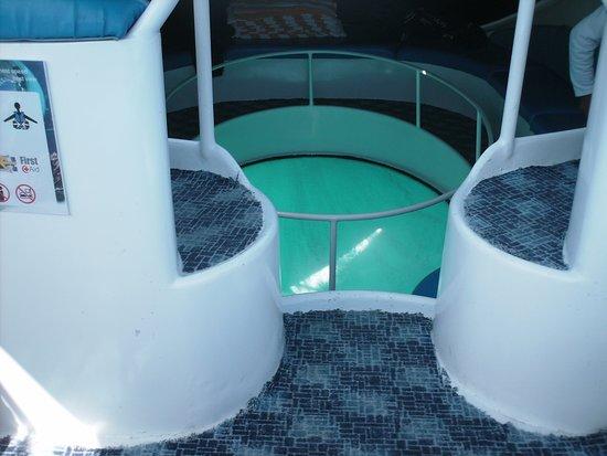 Sindbad Submarines : flight deck