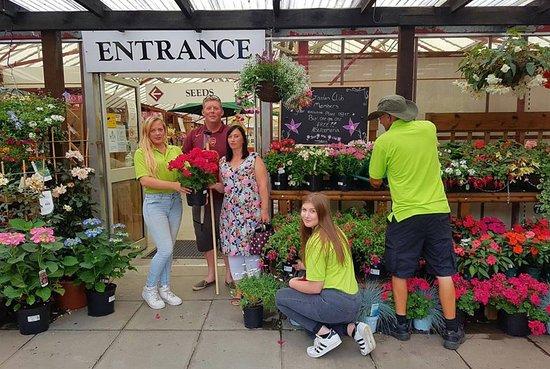 Trotton, UK: Entrance to Garden Centre