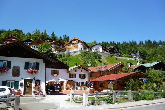 Altstadt (Old Town) Mittenwald : In Mittenwald
