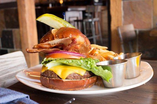 Mundelein, IL: Park Street Burger