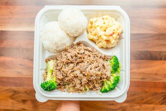 Compton, Kaliforniya: Ono Hawaiian BBQ Kalua Pork Plate