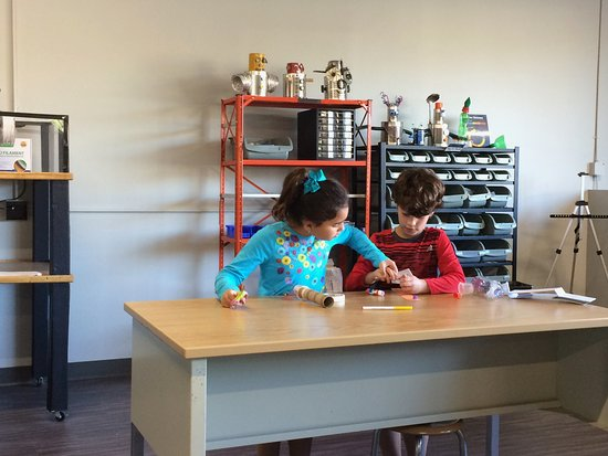 Possible future engineers in our Maker-Space! - Picture of ...
